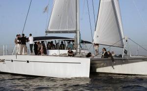 Barcos para actividades turísticas y de ocio