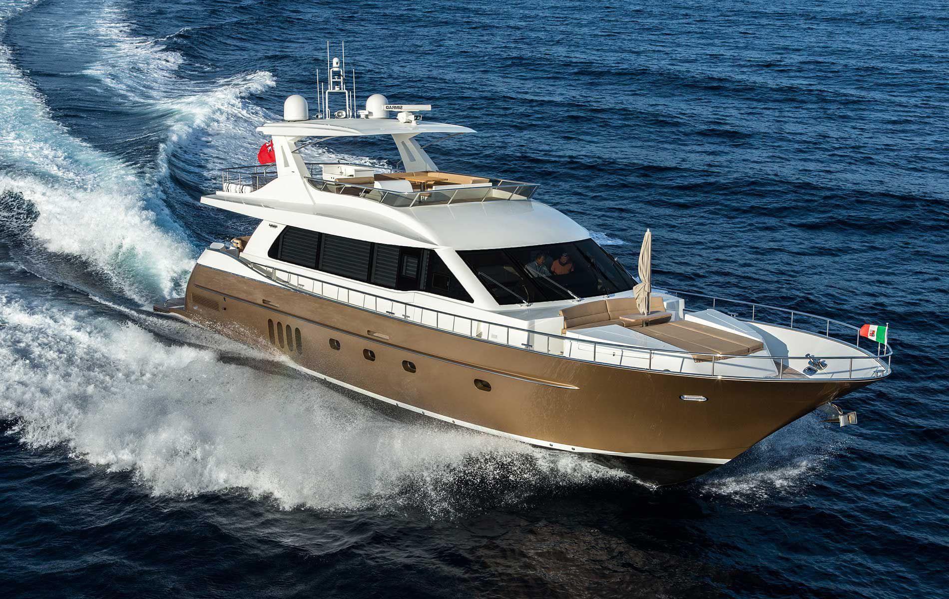 Yate a motor de crucero / con fly / IPS / de aluminio - VERSAILLES ...