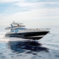 Yate a motor de crucero / con fly / PRV / de fibra de carbono