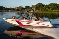 Runabout intraborda / bow-rider / de wakeboard / para wakesurf