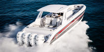 Barco open fueraborda / cuatrimotor / con T-top