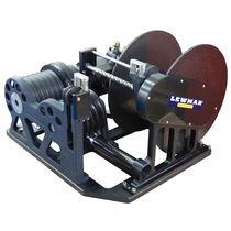 Chigre para yate / de almacenaje / motor hidráulico / tambor simple