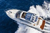 Barco cabinado intraborda / con hard-top / de deporte / IPS