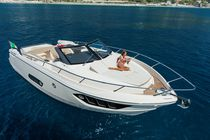 Barco cabinado intraborda / open / de deporte / 10 personas máx.