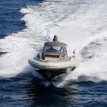 Embarcación neumática intraborda / RIB / con consola central / 22 personas máx.