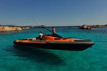 Embarcación neumática intraborda / fueraborda / trimotor / semirrígida