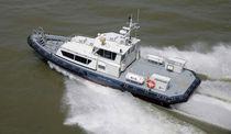 Embarcación de transporte de tripulación intraborda / hidrojet intraborda / de aluminio