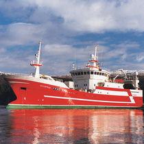 Buque de pesca profesional arrastrero / atunero cerquero