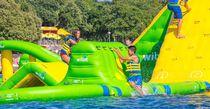 Juego acuático muro de escalada / inflable