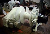 Chigre para buque / motor hidráulico