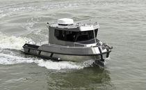 Barco hidrográfico Z-drive