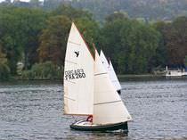 Velero day-sailer / clásico / con popa abierta / de orza levadiza