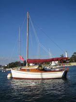 Velero day-sailer / clásico / con popa abierta