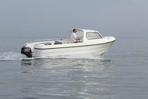 Barco open fueraborda / con consola lateral / de pesca deportiva / 8 personas máx.