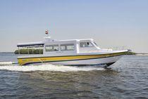 Barco de pasajeros intraborda