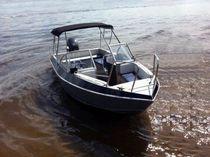 Runabout fueraborda / con doble consola / bow-rider / de aluminio