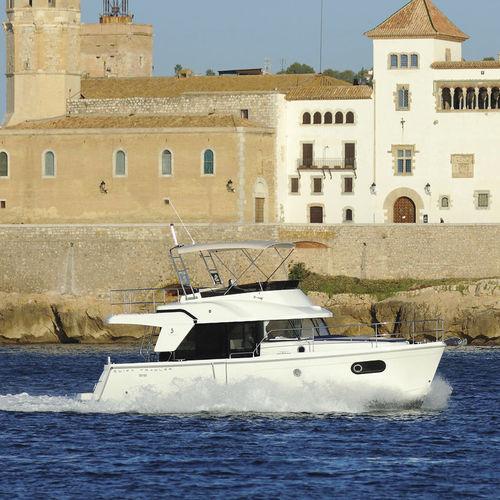 trawler intraborda / con fly / con 2 camarotes
