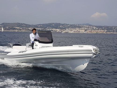 embarcación neumática fueraborda / semirrígida / con consola central / 14 personas máx.