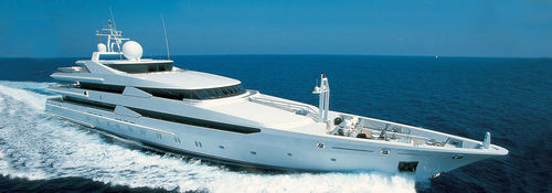 megayate de crucero / raised pilothouse / de acero / con 12 camarotes