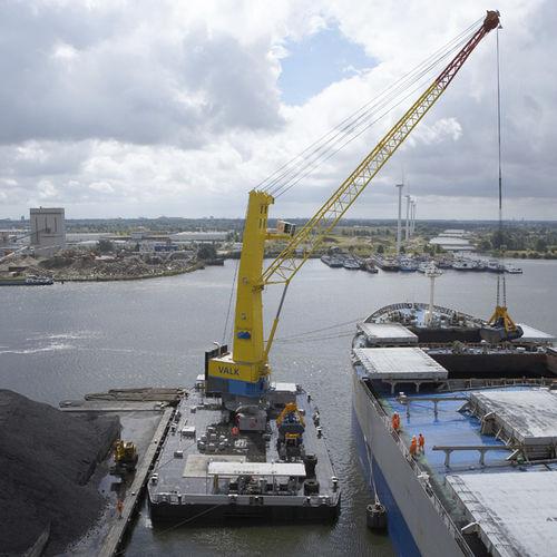 grúa para buque grúa / portuaria / de cubierta / móvil