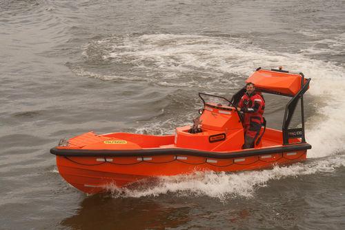 Barco de salvamento hidrojet intraborda FRSQ 630 Palfinger Marine GmbH