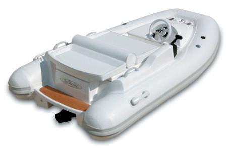 embarcación neumática hidrojet / semirrígida / con consola central