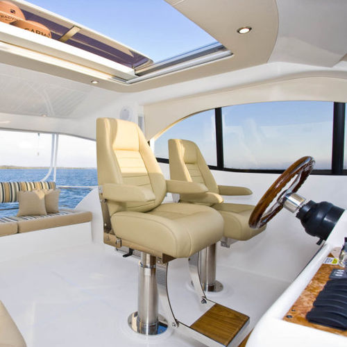 asiento piloto / para barco / para yate / con reposabrazos
