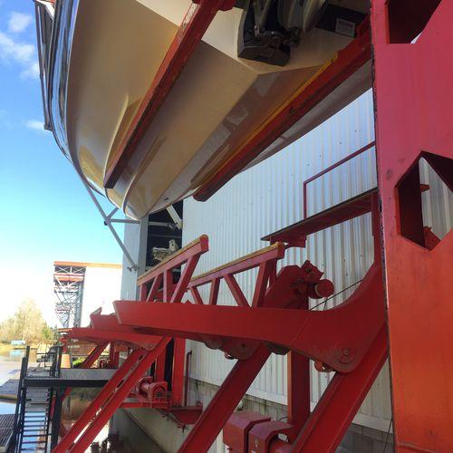 ascensor de barcos / de bote / para yate / para moto acuática