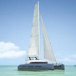 Velero catamarán / de gran crucero / con fly SEVENTY 7 Lagoon
