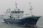 buque de pesca profesional arrastrero