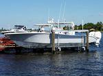 Ascensor de barcos / para montar sobre pantalán Vertilift  Ace Boat Lifts, LLC