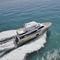 yate a motor de crucero / para expedición / expedición / con hard-top