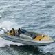 barco cabinado fueraborda / diésel / bimotor / casco de planeo