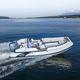 embarcación neumática fueraborda / RIB / con consola lateral / de fibra de vidrio