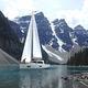 monocasco / de gran crucero / con deck saloon / con 2 camarotes