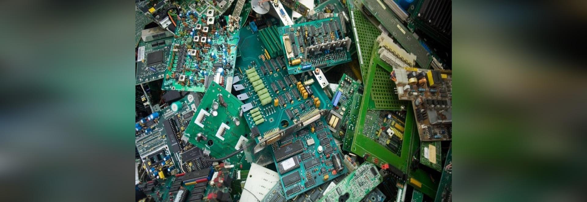 Basura de la electrónica (cortesía de Harmony Foundation)