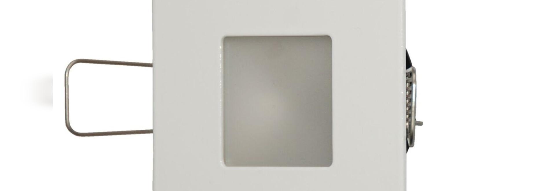 Las luces LED Interiores y exteriores empotrables INTENSA