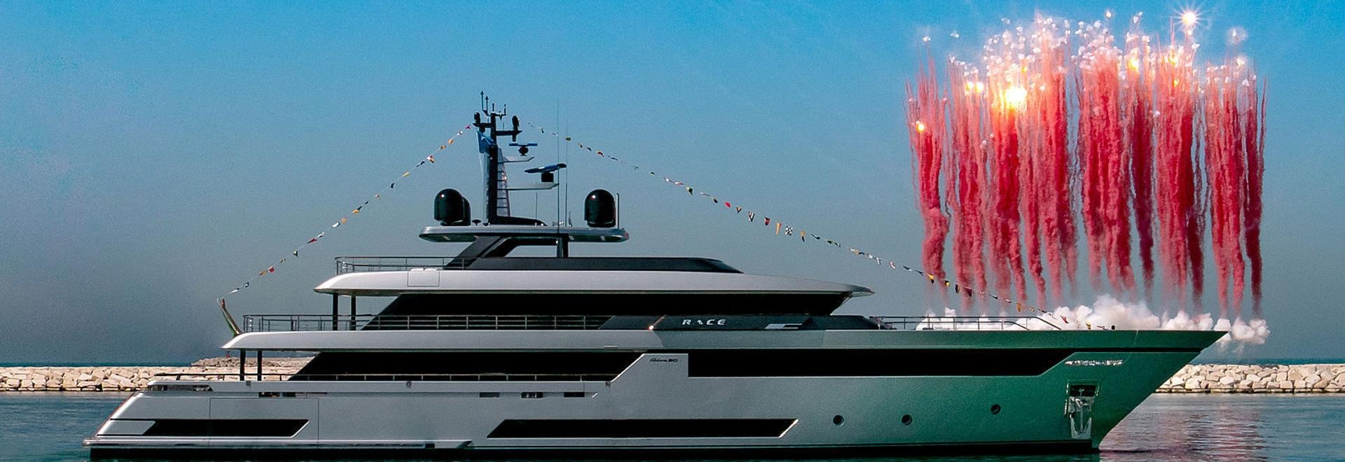 Riva lanza una regata de 50 metros en Ancona
