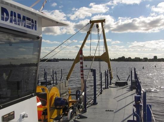 El Damen CSD450 ahora está entregando la arena para un proyecto de construcción de la autopista en el norte de los Países Bajos