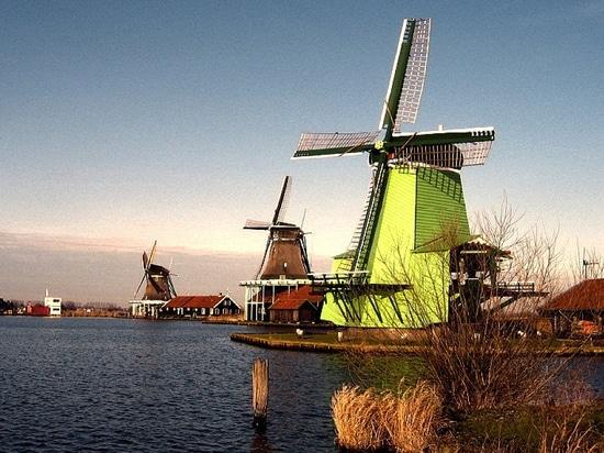 Reciclaje de los yates de la fin-de-vida en Holanda (cortesía de: Réservés de las primogenituras)