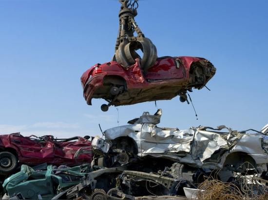 La fabricación de los coches reciclables de la cuna a la sepultura se ha convertido en una prioridad (cortesía de los camiones de auxilio Brisbane del coche)