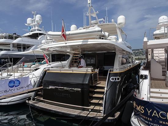 el superyacht Jangada del bolsillo de los 25m encuentra a un nuevo propietario