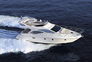 barco-cabinado-fly