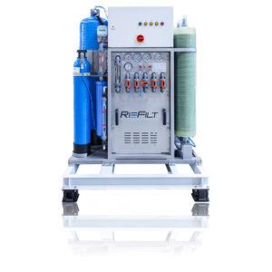 desalinizador para buque / para yate / por ósmosis inversa / compacto