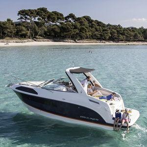 cabin-cruiser intraborda / open / 8 personas máx. / con 2 literas