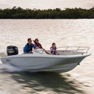 barco open fueraborda / open / con consola lateral / de pesca deportiva