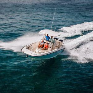 barco open fueraborda / bimotor / con consola central / open