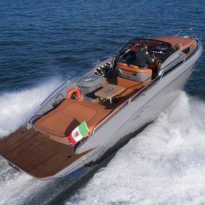 barco cabinado intraborda / fueraborda / open / con doble consola