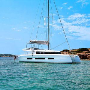 catamarán / de crucero / con fly / de fibra de vidrio