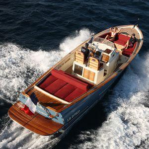 barco open intraborda / diésel / bimotor / casco de planeo